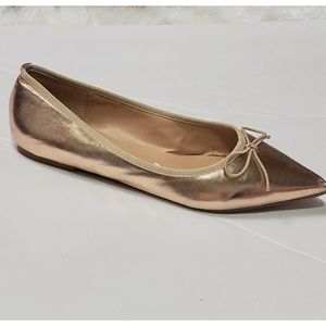 Journee collection champagne pointed toe flats 8.5